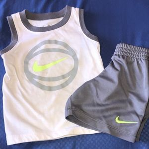 Nike tank outfit